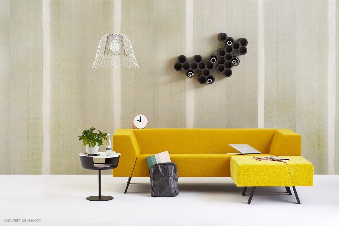 Sofa Display